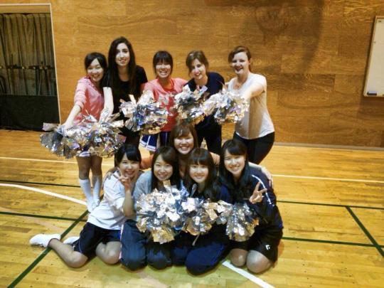 I started cheerleading!!! It's great fun :)